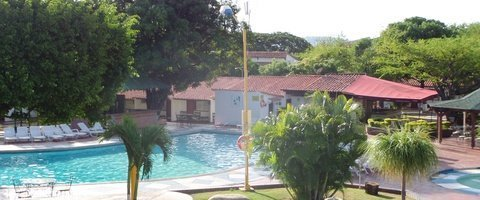 Outdoor swimming pools Hotel City House Bolívar Cúcuta